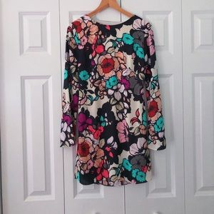 Express floral print bell sleeve dress size 2